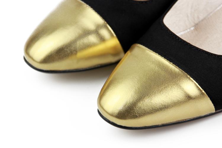 手工盘金绣海浪纹高跟鞋