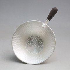 Zhuyintang/竹银堂 纯银 茶漏 点蓝 鎏金 蟾 工艺 茶道具 檀木柄 纯银 55克图片