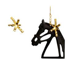 RAINKA WANG/RAINKA WANG设计师品牌原创 夸张骑马的公主不对称个性耳环图片