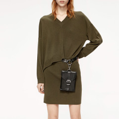 MO&Co./摩安珂女士连衣裙2019秋季新品V领假两件羊毛混纺连衣裙MAI3DRS011图片