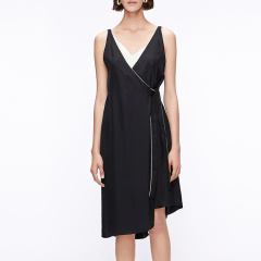 MO&Co.edition/MO&Co.edition两件套背心裙夏中长款和服式系绑V领斜摆EA182DRS110moco女士连衣裙图片
