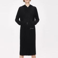MO&Co./摩安珂女士连衣裙2018冬季新品字母刺绣连帽针织连衣裙MA184DRS304摩安珂图片