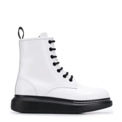 【双11同价】Alexander McQueen/亚历山大麦昆 20年秋冬 及裸靴 女性 马丁靴 复古 短靴 586394WHX51图片