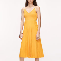 MO&Co./摩安珂女士连衣裙2020夏季新品V领百褶针织吊带连衣裙MBO2DRS017图片