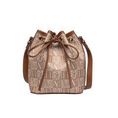 VH包包女包2020新款VANESSA HOGAN/VANESSA HOGAN 牛皮潮流行斜挎包单肩包大容量水桶包图片