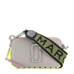 【包税】Marc Jacobs/马克雅各布斯 SNAPSHOT系列女士纯色皮革荧光色编织饰边经典金属徽标装饰拉链开合单肩包斜挎包相机包女包 M0014504 多色可选图片