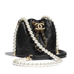 【现货】CHANEL/香奈儿  小牛皮、人造珍珠与金 迷你抽绳包图片