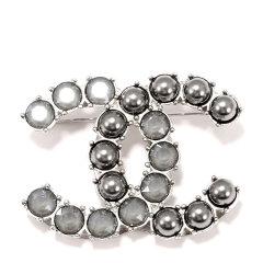 CHANEL/香奈儿 新款女士镶水钻大双C珍珠胸针小珠胸针图片