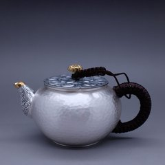 Zhuyintang/竹银堂 纯银莲子/如意盖摘小急须 泡茶壶 鎏金 壶嘴 配锦盒及证书容量190ml图片