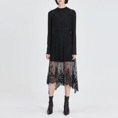 MO&Co./摩安珂女士连衣裙2018春季新品蕾丝钩花两件套不规则裙摆连衣裙MA181DRS215图片