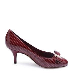 Salvatore Ferragamo/菲拉格慕牛漆皮材质条纹蝴蝶结装饰女士高跟鞋图片